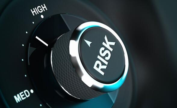 iStock-185953030-Risk-Management